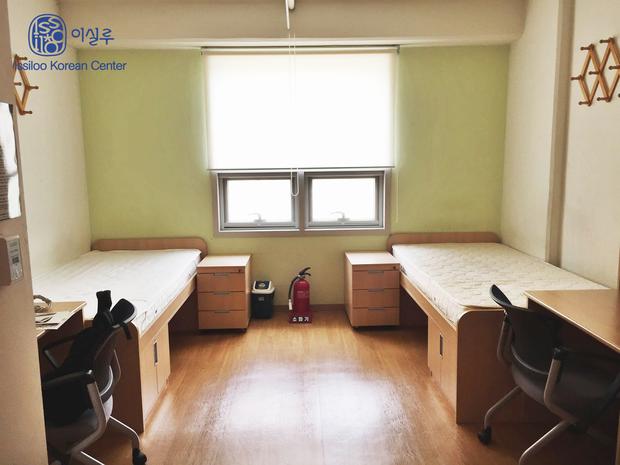 Đây là ngôi trường đã đào tạo ra hàng loạt tên tuổi gạo cội của làng giải trí Hàn Quốc như Lee Soon-jae, Kim Tae-hee - Ảnh 14.