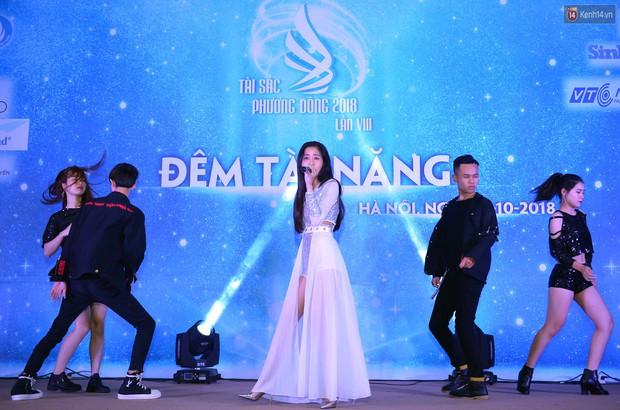 Hóa ra có 1 trường ĐH ở Hà Nội toàn trai xinh gái đẹp, tài năng xuất sắc hết phần người khác mà chúng ta ít nhắc đến - Ảnh 13.