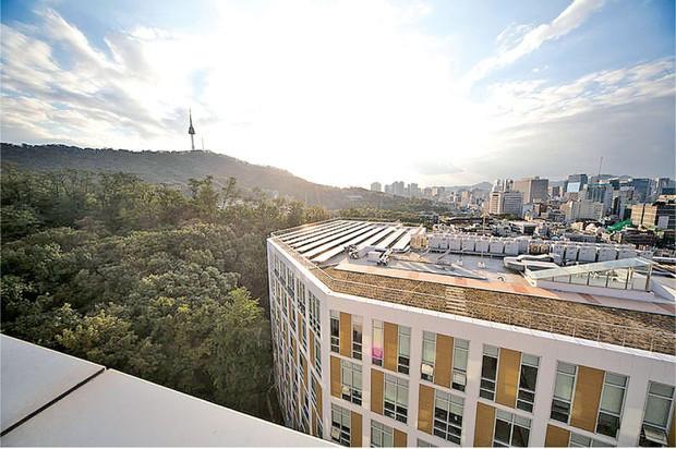 Đây là ngôi trường đã đào tạo ra hàng loạt tên tuổi gạo cội của làng giải trí Hàn Quốc như Lee Soon-jae, Kim Tae-hee - Ảnh 16.