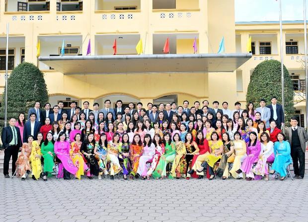 Những ngôi trường cấp 3 siêu giỏi ở miền Trung: Trường toàn HCV Olympic Quốc tế, trường có rất nhiều thủ khoa đại học - Ảnh 4.