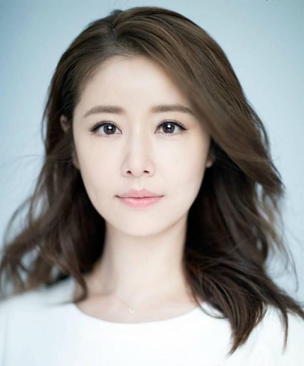 Lâm Tâm Như lộ ảnh thác loạn, IU cổ súy ấu dâm, Yoochun xâm hại tình dục- Ảnh 11.