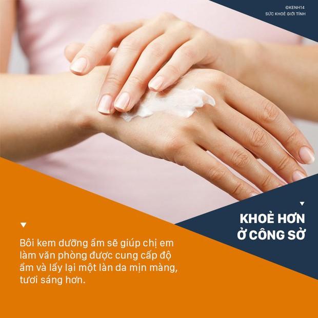 5 cách chăm sóc da cho dân văn phòng không bị khô nẻ, xỉn màu- Ảnh 9.