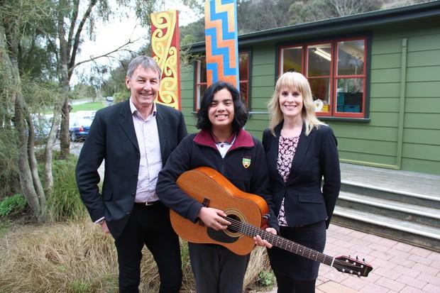Thần đồng âm nhạc Jayden Trịnh chia sẻ về nền giáo dục đáng ngưỡng mộ của New Zealand: Đến lớp 9 học sinh mới phải làm bài tập về nhà - Ảnh 2.
