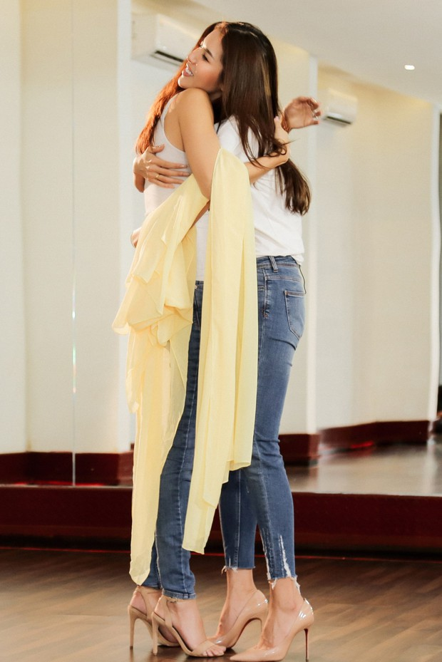 Minh Tú tất bật tập luyện cùng siêu mẫu quốc tế Cindy Bishop cho cuộc đua Miss Supranational 2018 - Ảnh 11.
