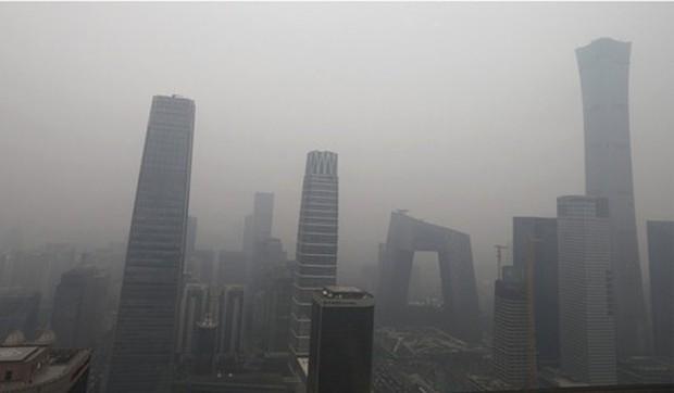 Sương mù ô nhiễm của Bắc Kinh trở lại do dân chúng dùng nước hoa và gel xịt tóc? - Ảnh 3.