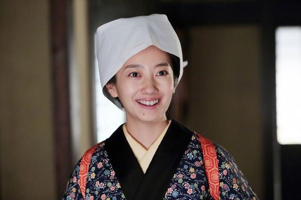 Phụ nữ - những kẻ bé nhỏ nhưng mạnh mẽ nhất thế gian qua 5 tuyệt tác phim Nhật - Ảnh 3.