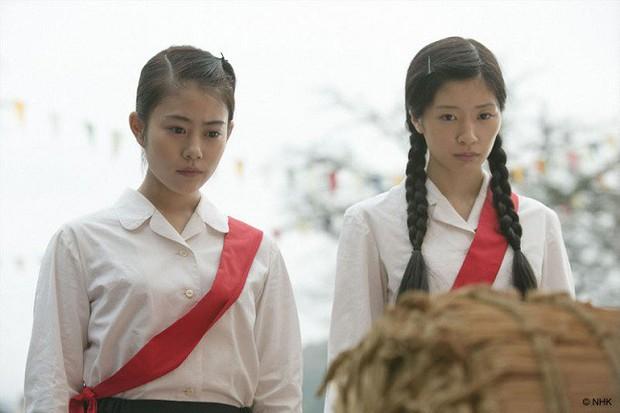 Phụ nữ - những kẻ bé nhỏ nhưng mạnh mẽ nhất thế gian qua 5 tuyệt tác phim Nhật - Ảnh 8.