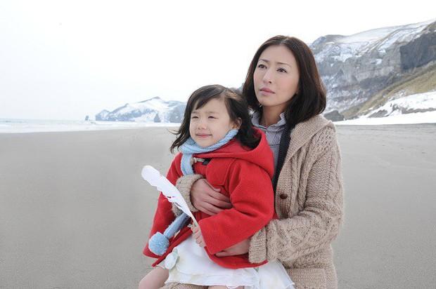 Phụ nữ - những kẻ bé nhỏ nhưng mạnh mẽ nhất thế gian qua 5 tuyệt tác phim Nhật - Ảnh 10.