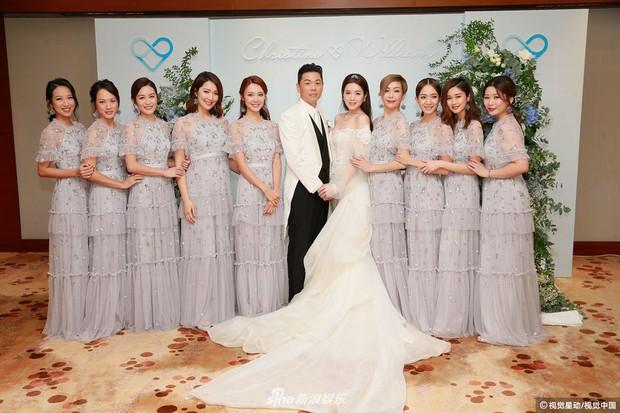 Hoa hậu ân ái trong ô tô tổ chức đám cưới đổi đời với đại gia Hong Kong, đeo nhẫn kim cương 5 tỷ trên tay - Ảnh 6.