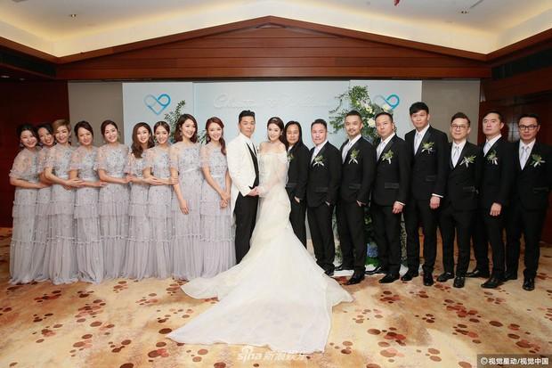Hoa hậu ân ái trong ô tô tổ chức đám cưới đổi đời với đại gia Hong Kong, đeo nhẫn kim cương 5 tỷ trên tay - Ảnh 8.