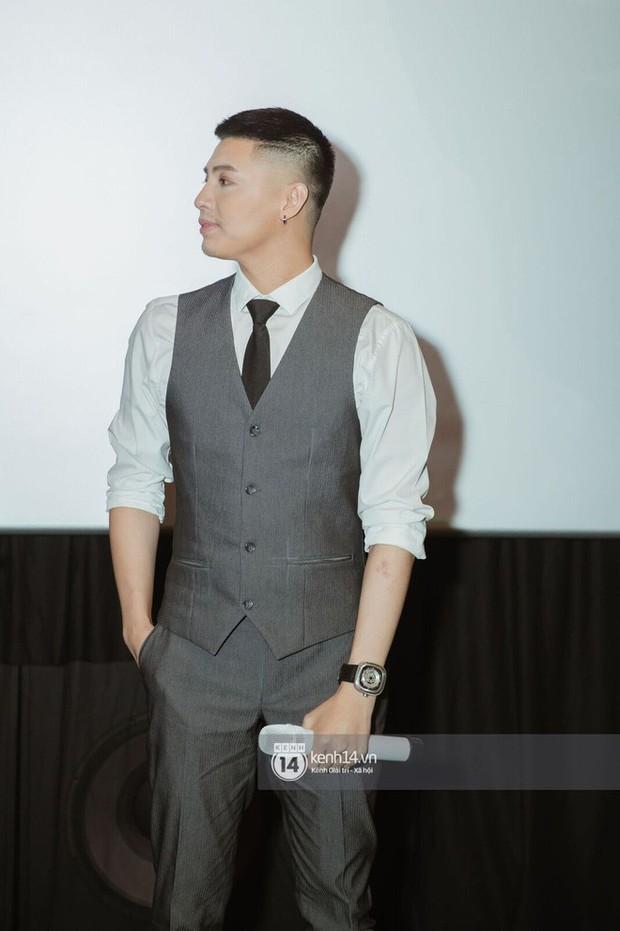 Vừa mới được khen nam tính, Noo Phước Thịnh đã lộ ngay nhiều lỗi makeup cơ bản trong sự kiện ra mắt MV mới - Ảnh 2.