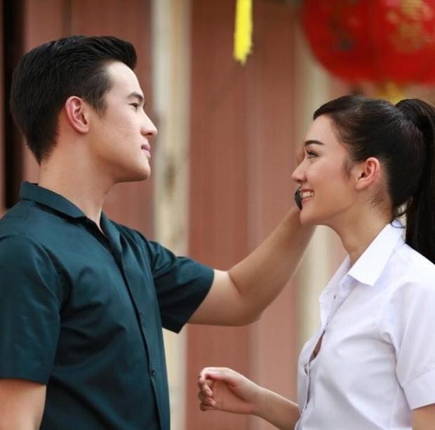Anh xã quốc dân đình đám Thái Lan James Ma đang hẹn hò bông hồng lai được đàn ông Thái khao khát nhất? - Ảnh 5.