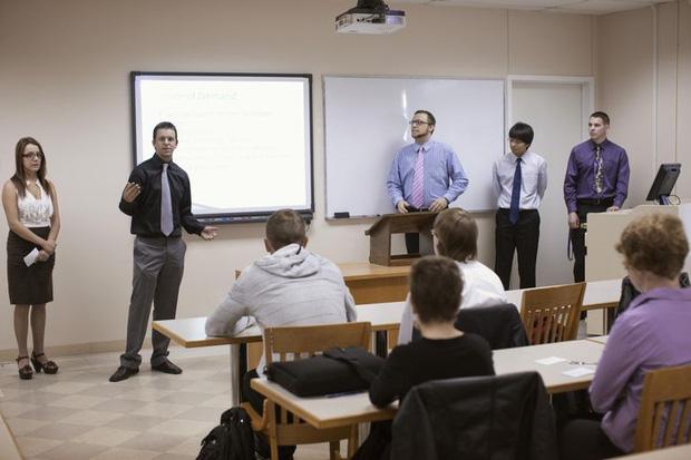 Làm việc nhóm và những nỗi khổ không có hồi kết của sinh viên - Ảnh 4.