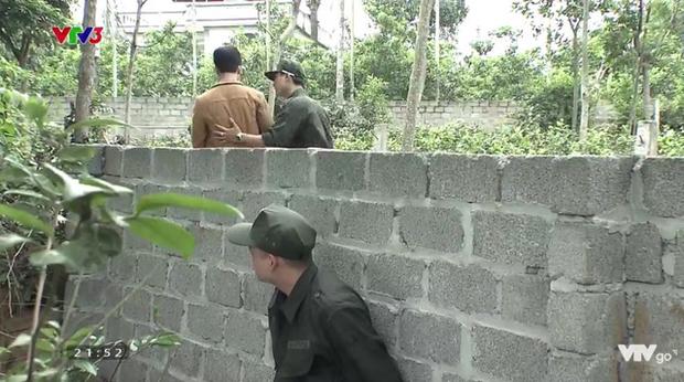 Cảnh lật mặt, dùng dao uy hiếp rồi cướp Quỳnh Búp Bê khỏi tay Phong Cấn - Ảnh 4.