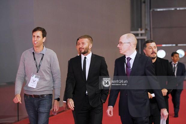 HOT: David Beckham vừa có mặt tại sự kiện ra mắt ô tô VINFAST ở Paris! - Ảnh 11.
