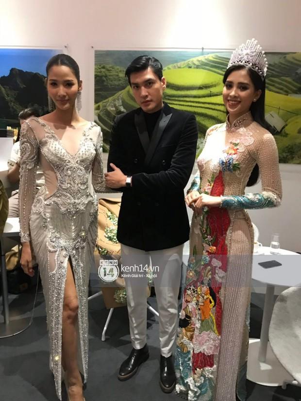 ĐỘC QUYỀN: Hé lộ hình ảnh đầu tiên của Hoa hậu Tiểu Vy, Hoàng Thùy và Quang Đại tại sự kiện ra mắt xe hơi VinFast - Ảnh 9.