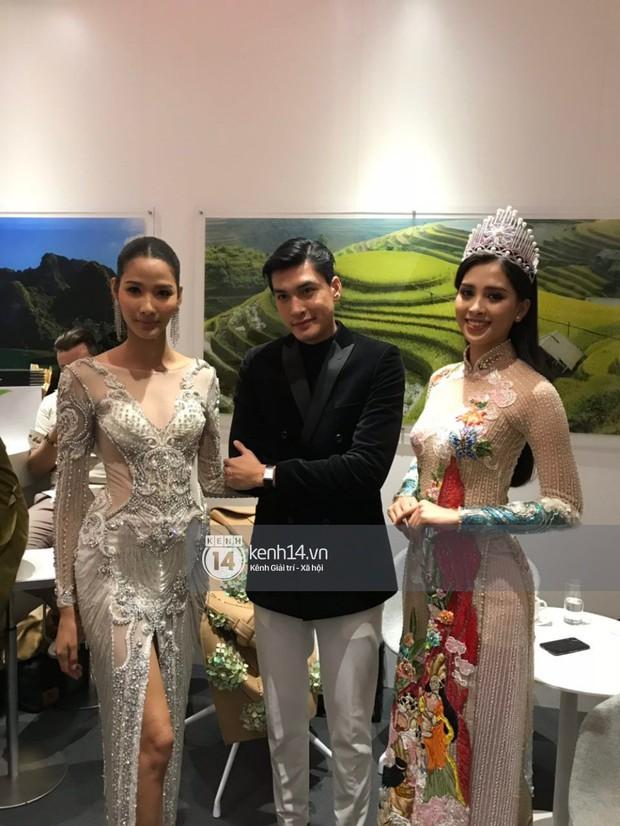 ĐỘC QUYỀN: Hé lộ hình ảnh đầu tiên của Hoa hậu Tiểu Vy, Hoàng Thùy và Quang Đại tại sự kiện ra mắt xe hơi VinFast - Ảnh 11.