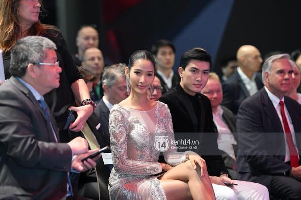 Hoàng Thùy diện váy lộng lẫy, Quang Đại điển trai tại sự kiện ra mắt xe của VINFAST tại Paris Motor Show - Ảnh 3.