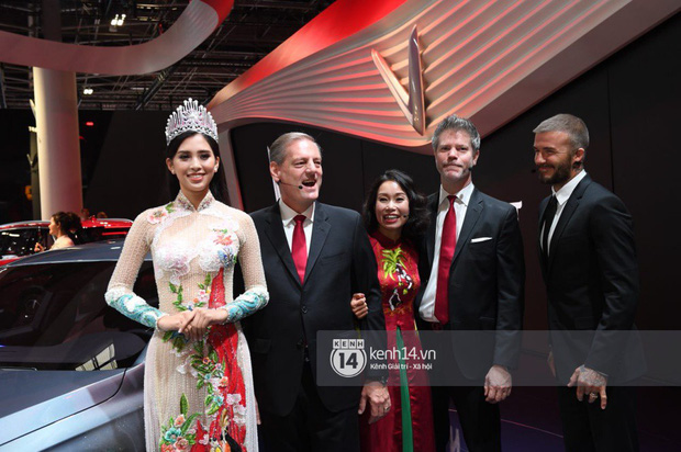 Hoa hậu Tiểu Vy diện váy dạ hội nổi bật, cực xinh đẹp trong sự kiện ra mắt ô tô VINFAST tại Paris - Ảnh 9.