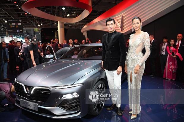 Hoàng Thùy diện váy lộng lẫy, Quang Đại điển trai tại sự kiện ra mắt xe của VINFAST tại Paris Motor Show - Ảnh 13.