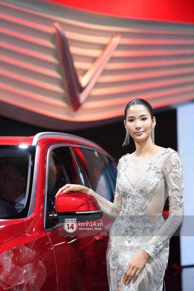 Hoàng Thùy diện váy lộng lẫy, Quang Đại điển trai tại sự kiện ra mắt xe của VINFAST tại Paris Motor Show - Ảnh 15.