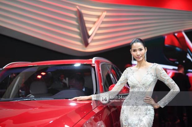 Hoàng Thùy diện váy lộng lẫy, Quang Đại điển trai tại sự kiện ra mắt xe của VINFAST tại Paris Motor Show - Ảnh 17.