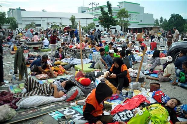 Tiếp tục động đất mạnh ngoài khơi Indonesia - Ảnh 1.
