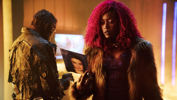 Đội anh hùng teen Titans lại gây nhức mắt vì tạo hình xấu phát hờn của Starfire - Ảnh 7.