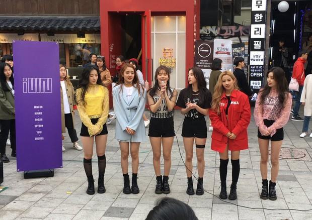 Chỉ 5 tháng sau debut, girlgroup mới nổi nhà Cube đã có loạt sân khấu cover toàn hit khủng của tiền bối - Ảnh 7.