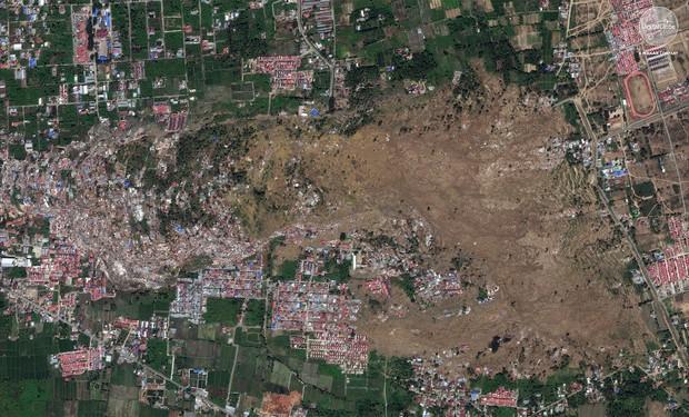 Bộ ảnh trước - sau này sẽ cho bạn thấy trận động đất khiến ít nhất 1.200 người chết ở Palu, Indonesia khủng khiếp như thế nào - Ảnh 11.