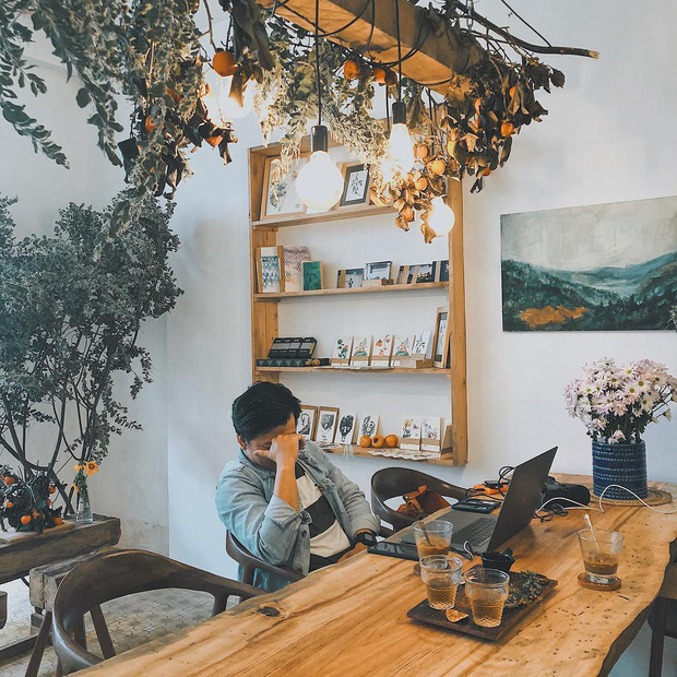 Check-in ngay loạt hàng quán, homestay mà Hà Tăng và hội bạn thân vừa vi vu ở Đà Lạt  - Ảnh 16.