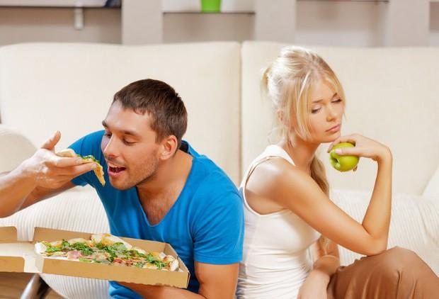 Các cặp đôi càng yêu nhau thì càng dễ béo lên - sự thật đã được khoa học chứng minh - Ảnh 3.