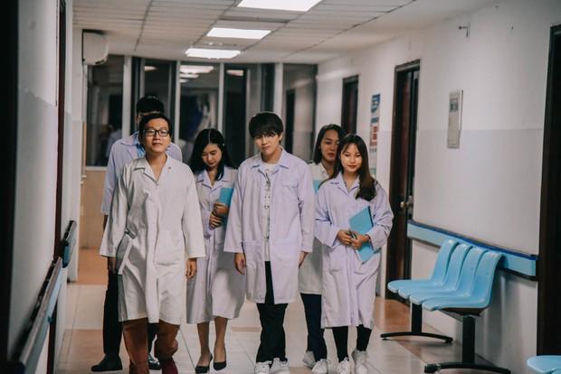 Quán quân Gương mặt thân quen 2018 hé lộ web-drama Halloween phát sóng tại Việt Nam và Trung Quốc - Ảnh 3.