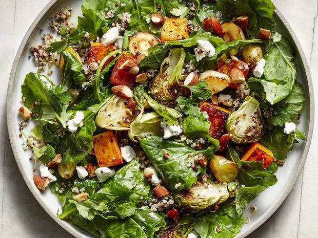 Muốn ăn salad để giảm cân thì phải chọn nguyên liệu như thế này, sai món là bạn sẽ tăng cân ngay - Ảnh 1.