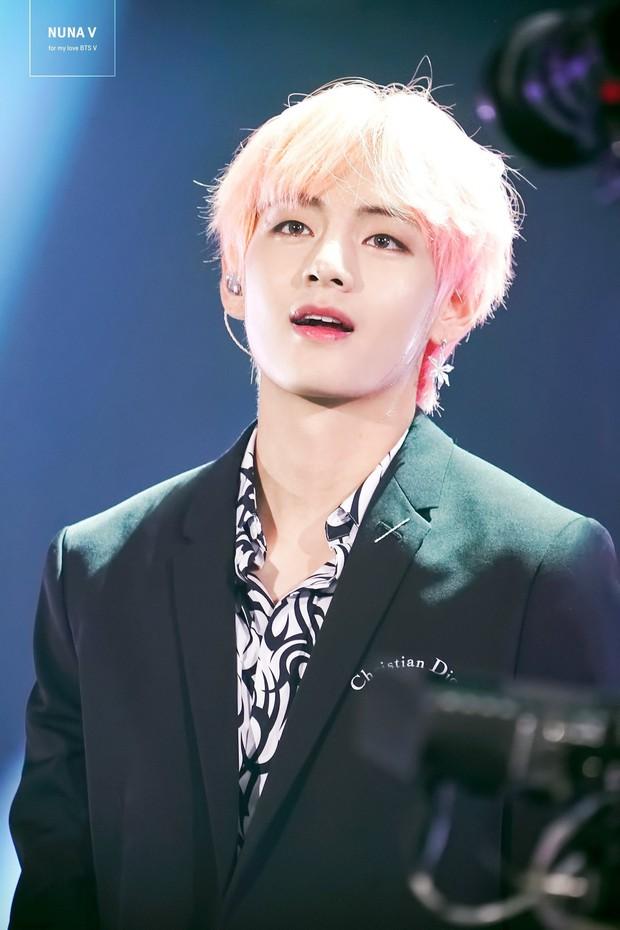 Idol nam hot nhất tháng 10: BTS đình đám thế giới thống trị top đầu, Seungri bất ngờ leo lên top 2 vì lý do này! - Ảnh 4.
