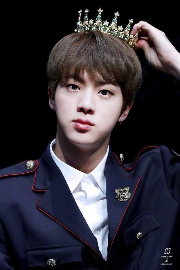 Idol nam hot nhất tháng 10: BTS đình đám thế giới thống trị top đầu, Seungri bất ngờ leo lên top 2 vì lý do này! - Ảnh 7.