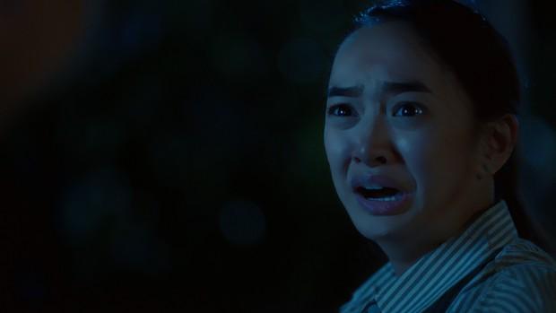 Vừa làm cha con, Kaity Nguyễn đã bị bố Thái Hoà tát sấp mặt trong Hồn Papa Da Con Gái - Ảnh 8.