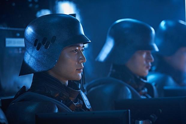 Illang: The Wolf Brigade: Bom xịt đáng thất vọng nhất trong năm của Hàn Quốc - Ảnh 5.