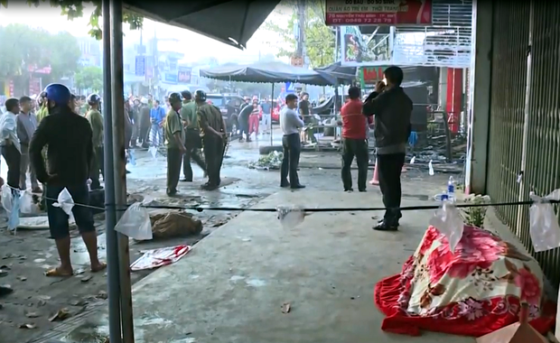 Vụ 2 người chết cháy ở Đắk Lắk: Tiếng khóc thét, cầu cứu thảm thiết bên trong ngôi nhà cửa cuốn đóng chặt - Ảnh 5.