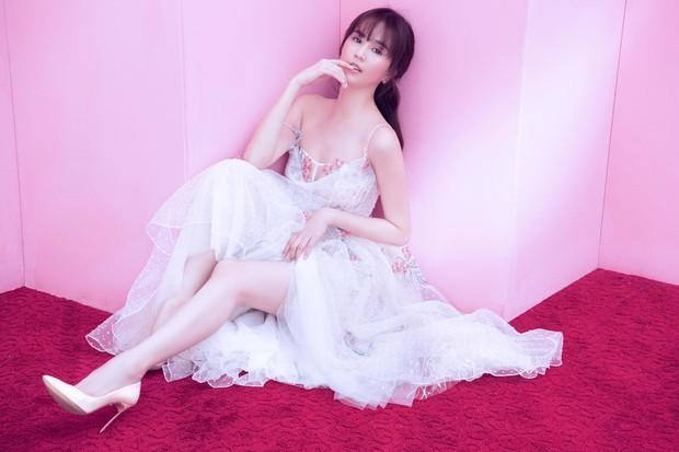 Hậu giảm cân, Bích Phương thua nhiều điểm trước Ngọc Trinh khi đụng váy công chúa - Ảnh 6.