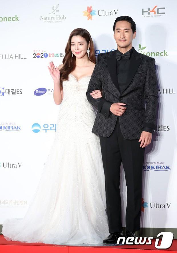 Thảm đỏ Oscar Hàn Quốc 2018: Nàng cháo và loạt mỹ nhân thi nhau o ép vòng 1, Seolhyun sang như bà hoàng - Ảnh 13.
