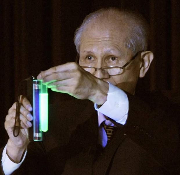 Nhà khoa học Nhật Bản giành giải Nobel Hóa học qua đời ở tuổi 90 - Ảnh 1.