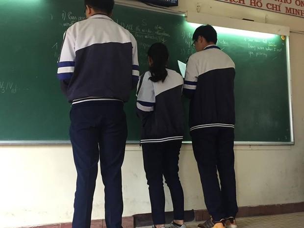 Khoảnh khắc minh chứng: Đôi bạn khổng lồ - tí hon chính là đặc sản của mỗi lớp học! - Ảnh 6.