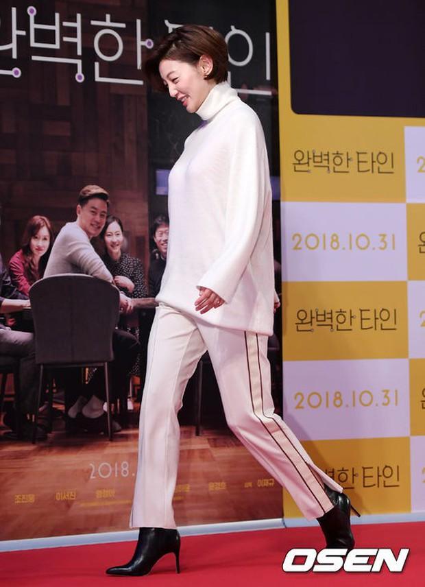 Bạn gái G-Dragon đẹp xuất sắc bên Ha Ji Won và dàn chị đại, nhưng sao nhí này mới là người chiếm spotlight - Ảnh 15.