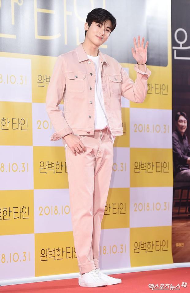 Bạn gái G-Dragon đẹp xuất sắc bên Ha Ji Won và dàn chị đại, nhưng sao nhí này mới là người chiếm spotlight - Ảnh 12.