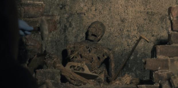 Thách bạn ngủ ngon với 12 cảnh rùng rợn nhất từ The Haunting of Hill House - cực phẩm kinh dị nhà Netflix (Phần cuối) - Ảnh 4.