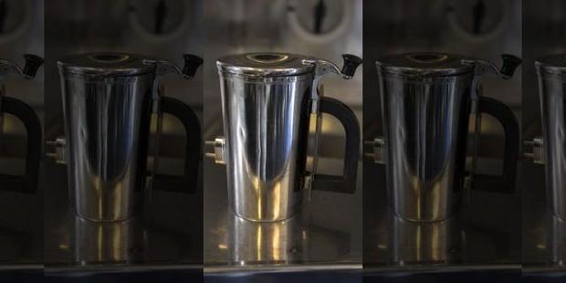 2 năm qua, lực lượng Không quân Mỹ làm vỡ 7 tỷ rưỡi tiền cốc uống nước - Ảnh 3.