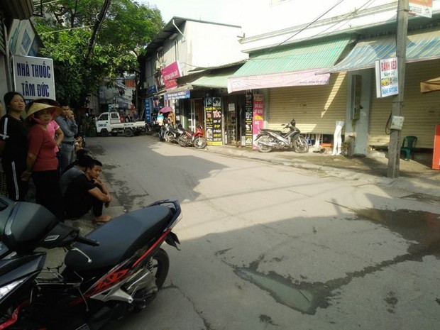 Hà Nội: Cả khu phố hốt hoảng vì bình gas phát nổ - Ảnh 2.