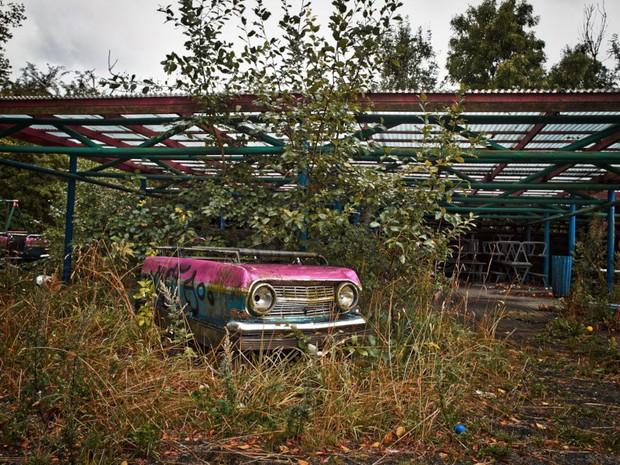 Cảnh hoang tàn đầy ma mị như phim kinh dị của công viên nước bị chìm vào quên lãng suốt 12 năm vì phá sản - Ảnh 12.