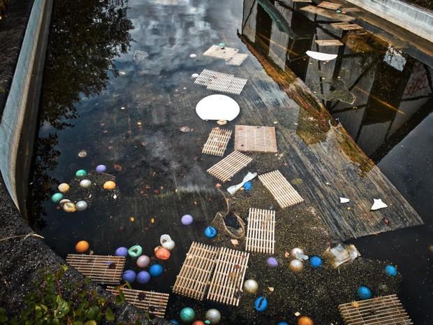 Cảnh hoang tàn đầy ma mị như phim kinh dị của công viên nước bị chìm vào quên lãng suốt 12 năm vì phá sản - Ảnh 24.